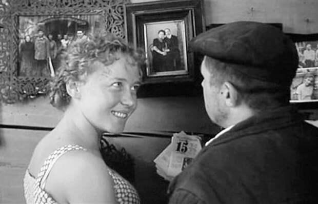 Кадр из фильма *История Аси Клячиной, которая любила, да не вышла замуж*, 1966 | Фото: kino-teatr.ru