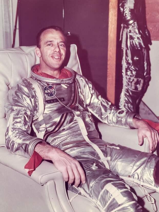 19. 1961, 5 мая.  Портрет Алана Шепарда после полета