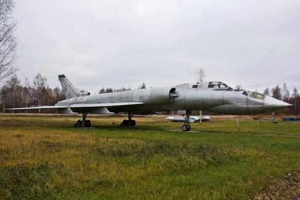 """""""Скрипач"""": первый полет перехватчика Ту-128 состоялся 60 лет назад"""