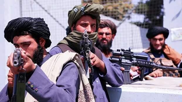 В Афганистане погибли два командира сил сопротивления при столкновении с талибами*