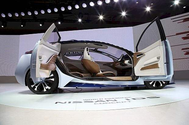 Nissan IDS: карбоновая автономная комната на колесах (ВИДЕО)