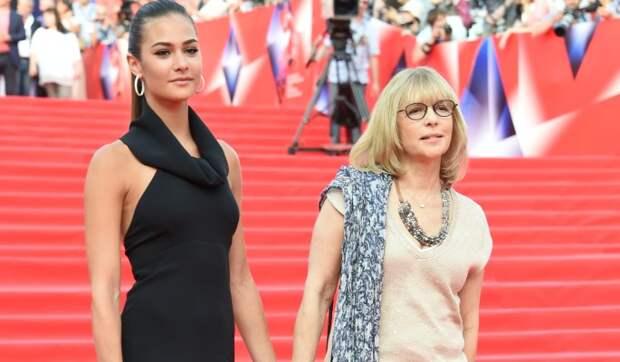«Мадонна с младенцем»: Шубская показала фото с сыном
