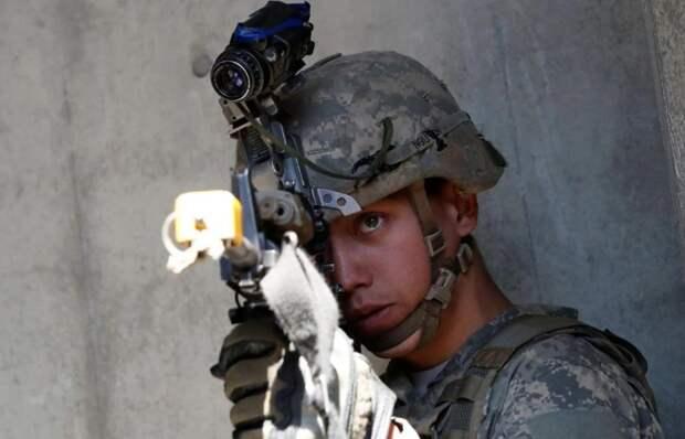 """The National Interest назвал солдат США, обученных сражаться с Россией, """"отрядом самоубийц"""""""