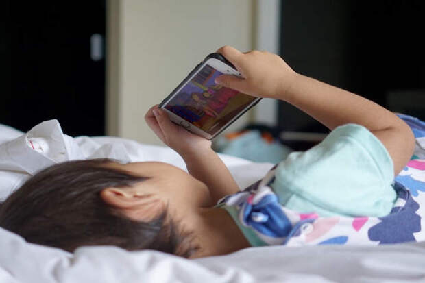 Как понять, что ваш ребенок готов к своему первому телефонному аппарату