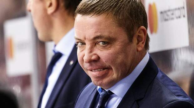Алкоголь сломал карьеру российского тренера? Гулявцев остался без работы еще до начала сезона КХЛ