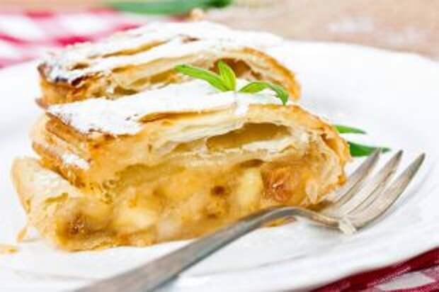 Бисквит или песочный? Какой пирог испечь с яблоками