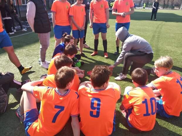 Футболисты из Бабушкинского завоевали «золото» в окружном турнире