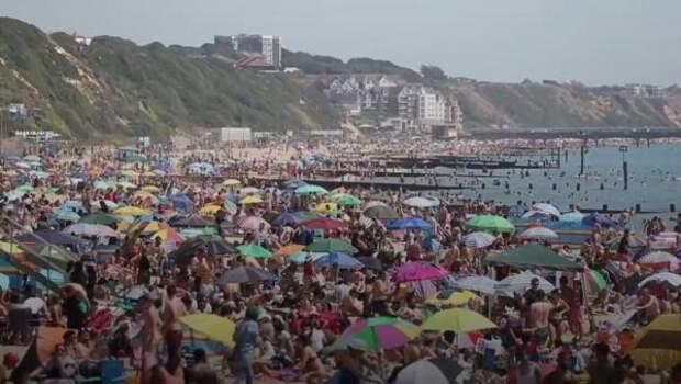 Режим чрезвычайного происшествия объявлен по югу Англии из-за наплыва отдыхающих