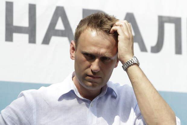 Bloomberg: Навального хотят посадить на3,5года, апотом ещёна10лет