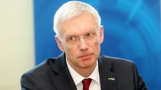 ВЛатвии рухнул рейтинг правительства Кариньша