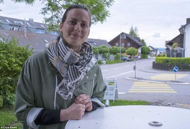 Швейцарских миллионеров обвиняют в расизме за отказ принять мигрантов