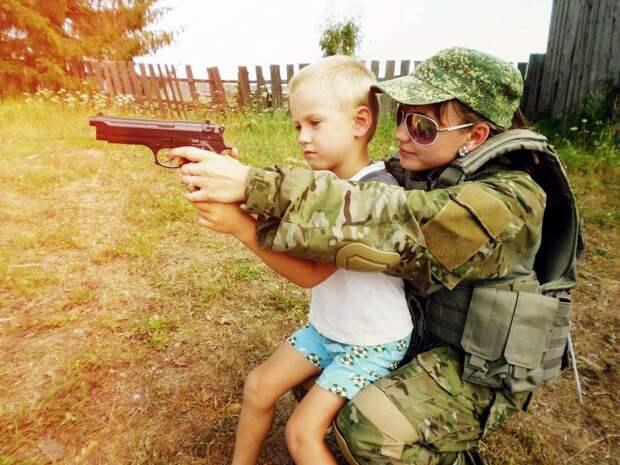 От тайги до британских морей ... : Лица девушек из Российской армии (36)