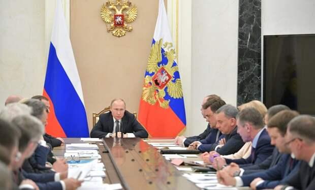 Владимир Путин провел в Кремле рабочее совещание перед Прямой линией с народом