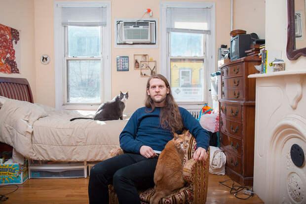 ПОСИДЕЛКИ. Одинокие мужчины и их котики