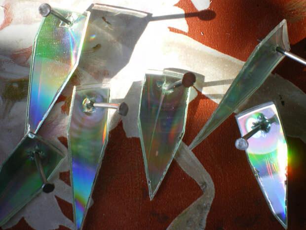 орел из дисков, мастер класс, птица из СD дисков, мк, обустройство приусадебного участка, поделки из дисков, поделки для сада, из отходных материалов, своими руками, что можно сделать из дисков cd и dvd, птицы из резанных дисков