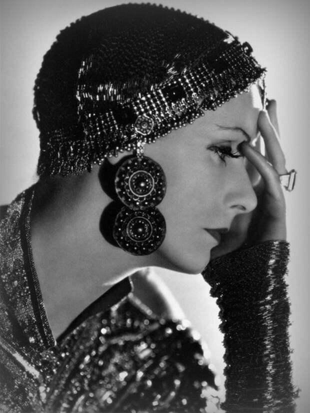 Грета Гарбо в фильме «Мата Хари» (1931)