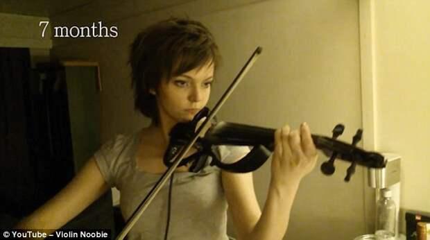 Девушка сняла на видео свой прогресс в игре на скрипке за 2 года