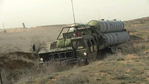 Северный флот ВМФ России провел учебные ракетные стрельбы