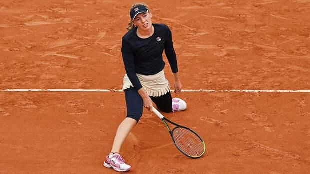 12 русских теннисисток вылетели с «Ролан Гаррос» за 6 дней. Последней проиграла Александрова — украинке Свитолиной