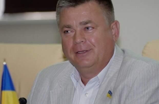 Экс-министр обороны Украины Лебедев подозревается в госизмене