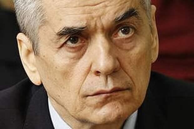 Онищенко: США намеренно травят мир всякой дрянью