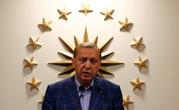 Эрдоган пошел войной на обматеривших его греков