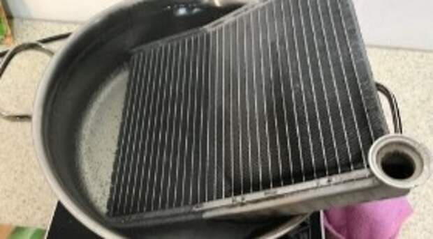 Химические средства для промывки радиатора печки. Чем можно и чем нельзя чистить радиаторы авто