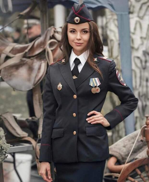 17. девушки, красота, мвд, пилотка, полиция, россия, форма