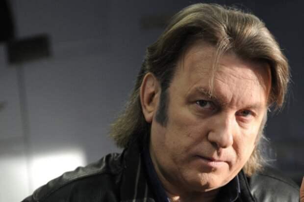 Лоза подал в суд на Шнурова