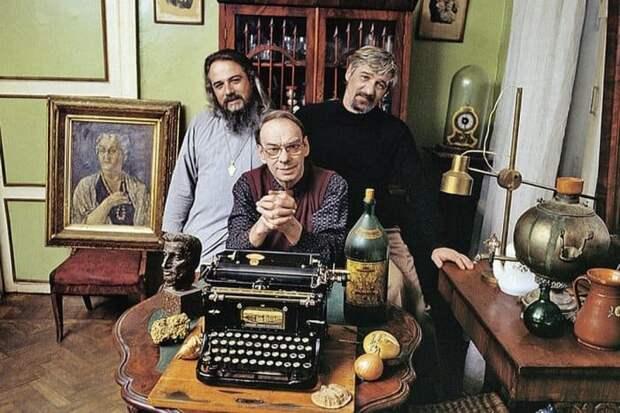 Семейные тайны знаменитой династии Баталовых...