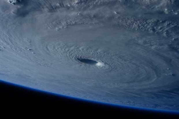 Тайфун «Майсак»