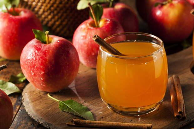Горячие напитки: безалкогольный яблочный сидр