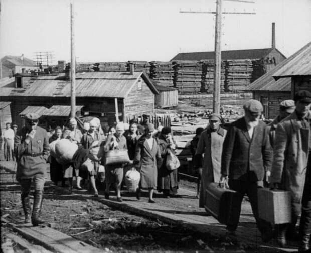 «Гаремы ГУЛАГа»: по каким параметрам начальники лагерей распределяли новоприбывших арестанток
