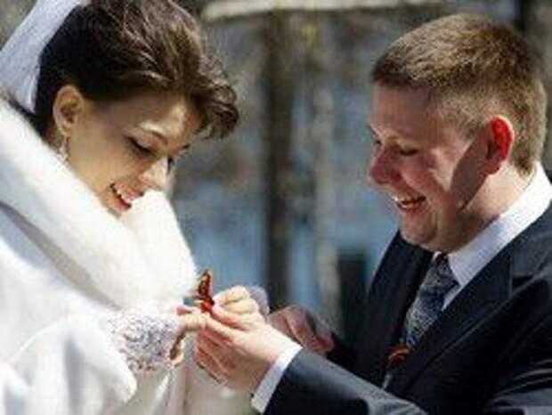Новость на Newsland: Гражданский брак могут приравнять к законному
