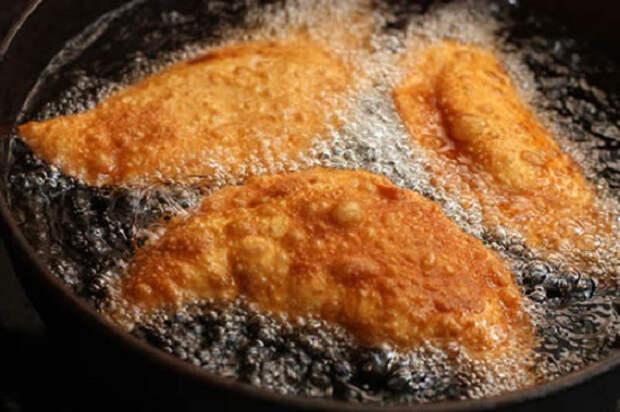 Как приготовить тесто для чебуреков: рецепт вкусного заварного теста, теста на кефире, с водкой