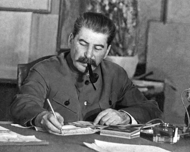 Сталин И.В. Национальный вопрос в России