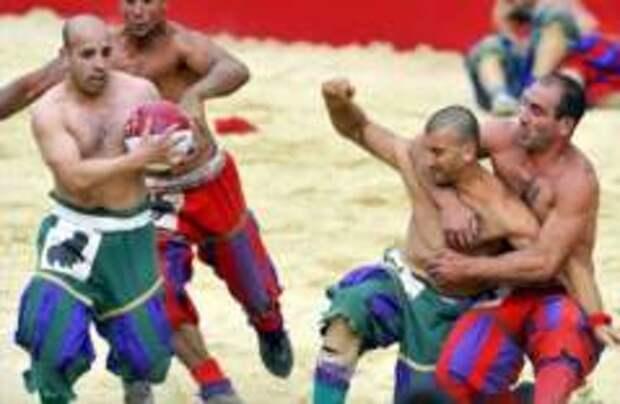 Во Флоренции пройдет чемпионат по костюмированному футболу