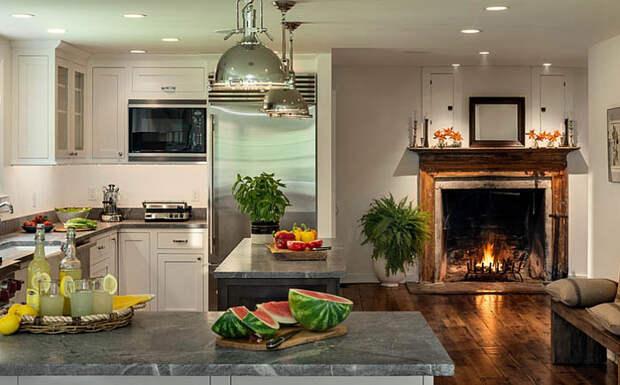 Камин на кухне от  Crisp Architects