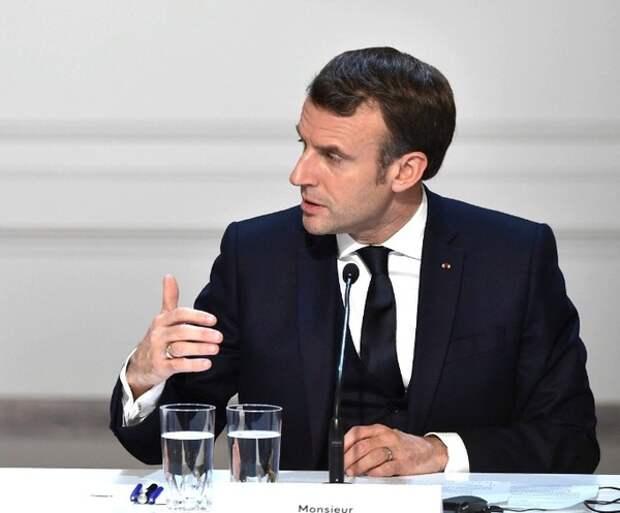 Макрон предложил реформировать Шенген и усилить контроль в интернете