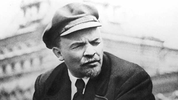 Что не так было с пиджаком Ленина, который был надет на вожде в день покушения