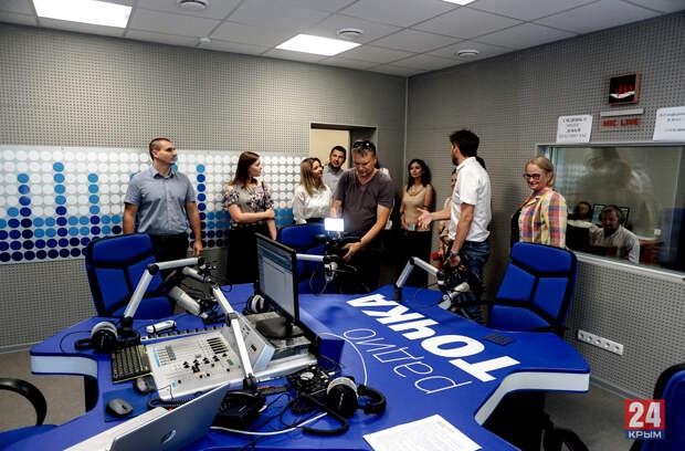 Обновлённые студии и грандиозные планы: на ТРК «Крым» прошла презентация нового сезона для партнёров и коллег