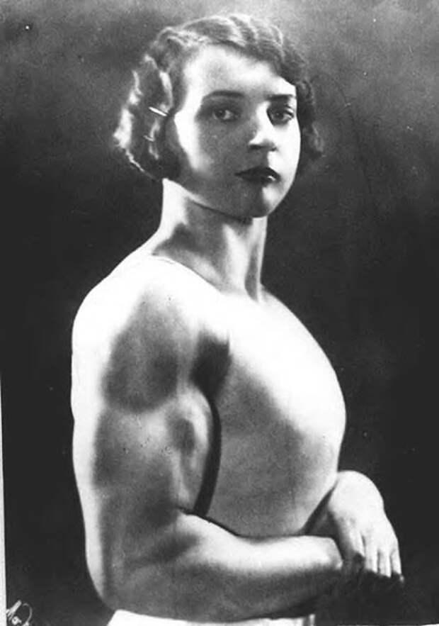 Луизита Леерс, 1930-е.