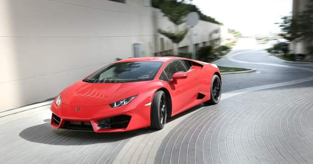 Турист из Британии в Дубае арендовал Lamborghini и за три часа накатал штрафов на стоимость нового BMW