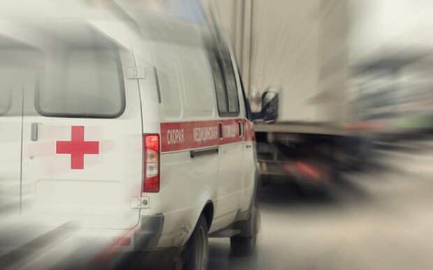 Два грузовика столкнулись на МКАД. Никто не остановился, чтобы спасти людей