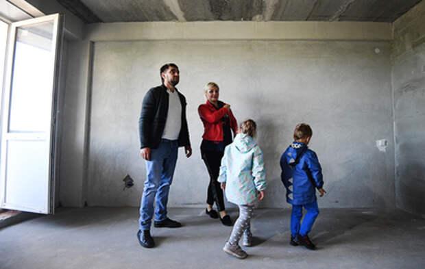 Мишустин решил выделить 5,5 миллиарда семьям с детьми на ипотеку
