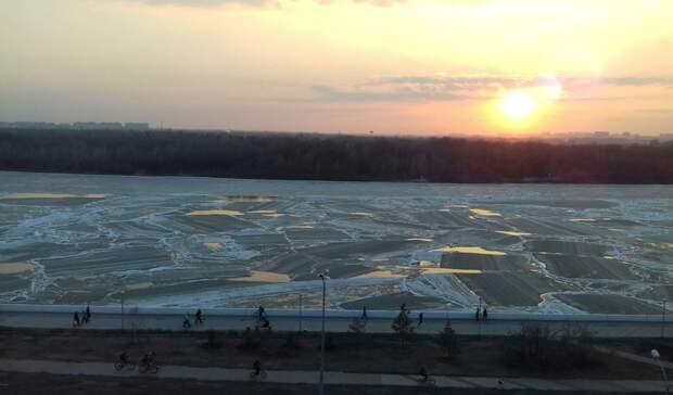 Реки вскрылись. В Омской области начался ледоход