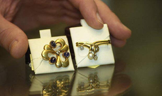 Правительство обсудит упрощение внешней торговли ювелирной продукцией