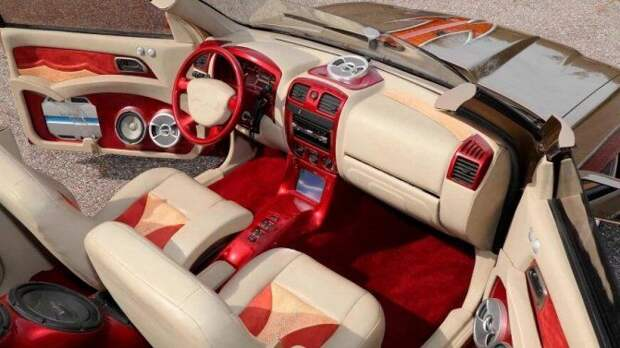 В США создан очередной шедевр автомобильного тюнинга