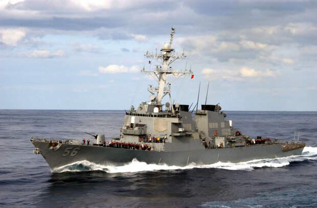 Эсминец ВВС США вторгся на российскую территорию
