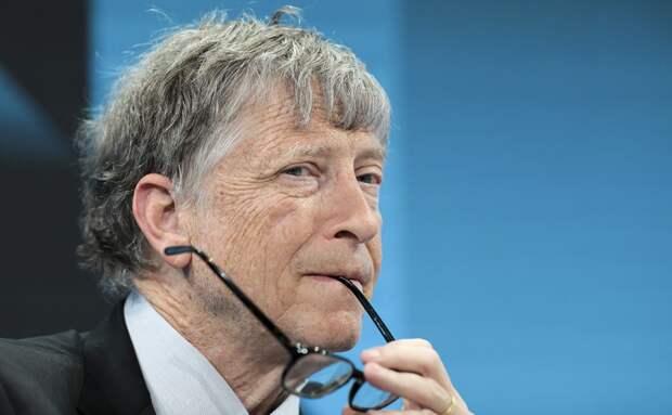 Билл Гейтс — о безумии конспирологов и новом Стиве Джобсе